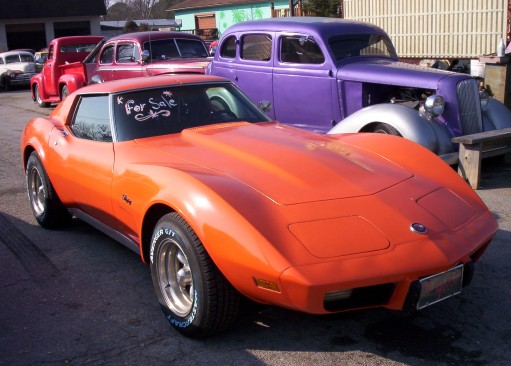 Classic 76 Stingray!   Orange in Color, FAST!